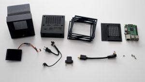 Die Einzelteile des NeXTcube Raspberry Pi-Gehäuse / Bild: Nina Richards